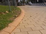 Бордюр из бетона-012